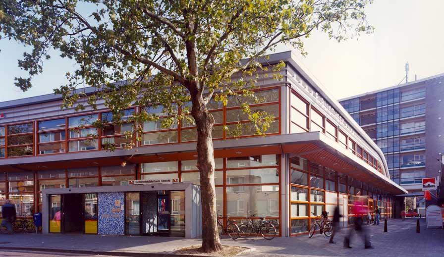 4 bibliotheek
