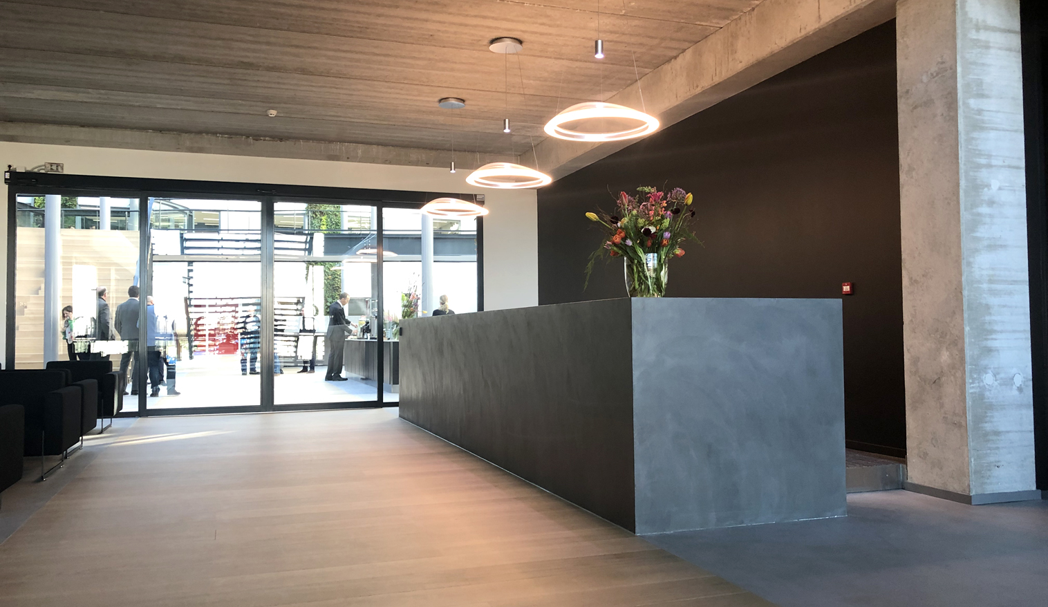10 OPL Architecten_Mercedes Benz HQ NL-1516×878-72dpi